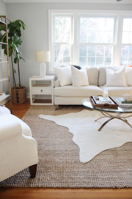 3 Simple Tips for Using Area Rugs in Rental Decor + Sources for Affordable Area Rugs: