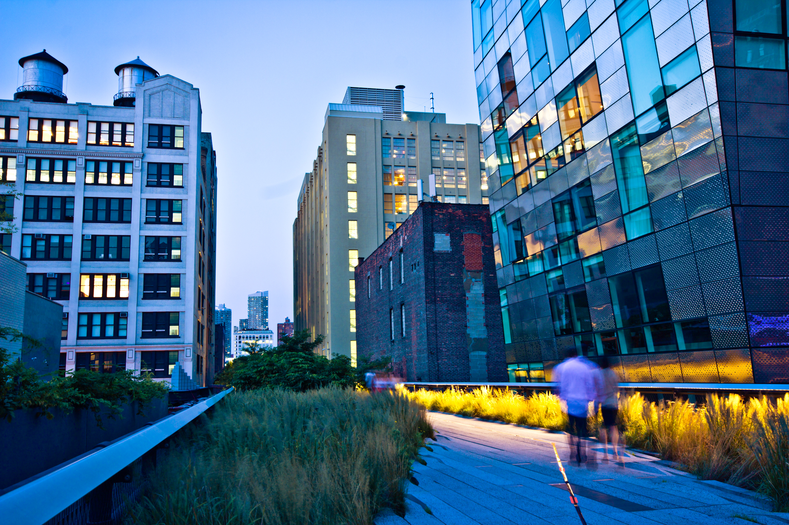View of the High Line Park in New York City at dusk